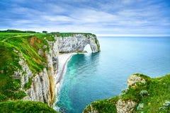 Etretat, Manneporte自然岩石曲拱和它的海滩。诺曼底, F 免版税库存照片