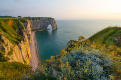 Etretat -诺曼底,法国,欧洲的自然峭壁Aval 库存照片