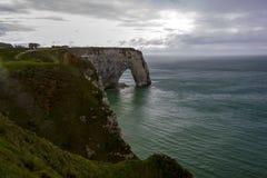 Etretat op de Hogere kust van Normandië in het Noorden van Frankrijk Royalty-vrije Stock Foto's