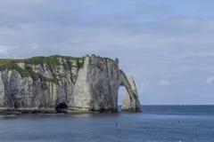 Etretat strand i Normandie Frankrike Frankrike Arkivbild
