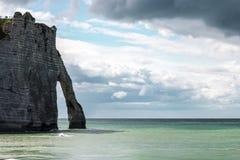 Etretat sur la côte du Haute-Normandie dans le nord des Frances Photo libre de droits
