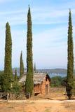 Etruscan住宅在Piombino,意大利附近的Populonia 免版税库存照片