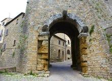 Etruscan ingång, Volterra, Italien royaltyfri bild