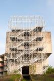 Ett övergett konstruktionskomplex Royaltyfria Bilder