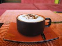 ett annat lugna för åhörarecappuccinofröjd som är ditt Arkivfoto