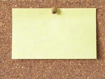 Ett ark av rengöringgulingpapper Royaltyfri Foto
