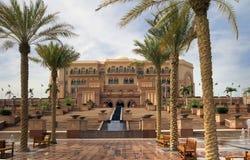 Ett av hotellen i Dubai Royaltyfria Foton