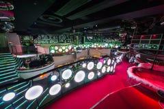 Ett av rummen av nattklubben Pacha arkivfoto