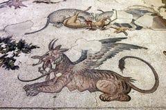 Ett avsnitt av bysantinska 5th århundrademosaiker från den stora slottmosaiken på Istanbul det mosaiska museet i Istanbul i Turki Royaltyfria Foton