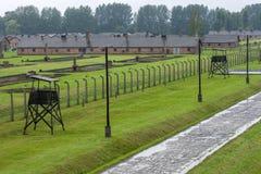 Ett avsnitt av den Auschwitz-Birkenau koncentrationsläger på Oswiecim i Polen Arkivfoto