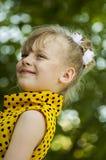 Ett barn är en flicka Royaltyfri Bild