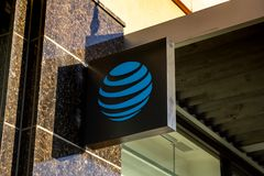 Ett byggande tecken för AT&T royaltyfri bild