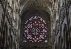 Ett enormt målat glassfönster Royaltyfri Fotografi