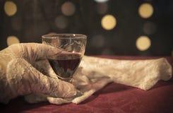 Ett exponeringsglas av Cherry Brandy Arkivfoto