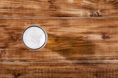 Ett exponeringsglas av lageröl Arkivfoton