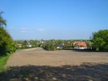 Ett fält i Aalborg i Danmark Arkivbilder