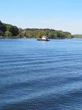 Ett fartyg som korsar Connecticut River Royaltyfri Bild