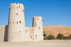 Ett fort i Liwa det växande området av UAE Royaltyfri Bild