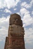 Ett fragment av en helig staty i Teotihuacan, Mexico Arkivbild