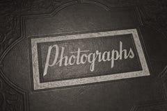 Ett gammalt fotografialbum Fotografering för Bildbyråer