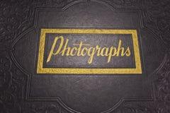 Ett gammalt fotografialbum Royaltyfria Foton
