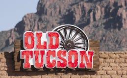 Ett gammalt Tucson ingångstecken, Tucson, Arizona Royaltyfri Fotografi