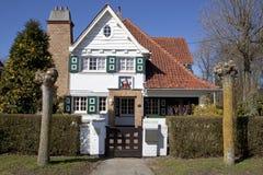 Ett hus i Knokke, Belgien royaltyfri foto