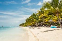 Ett idylliskt läge på den Le Morne stranden i Mauritius Royaltyfria Bilder