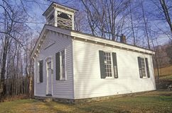 Ett kyrka- eller skolahus i Catskills New York fotografering för bildbyråer