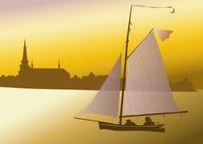 Ett litet seglar fartyget Royaltyfri Bild
