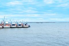 Ett lokalt fiskarefartygankare Arkivfoton