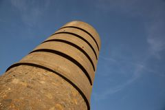 Ett Martello torn på fortet Saumarez som används av de tyska ockupationstyrkorna under 16th för världskrig 2 - fortet Saumarez, G arkivbild