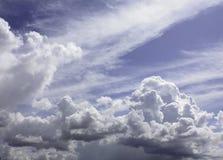 Ett molnbildande i Sardinia Royaltyfri Foto