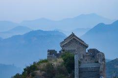 Ett observationsdäck av den stora väggen, på Jinshanling, Hebei, Kina Arkivbild