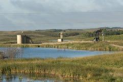 Ett olje- väl i North Dakota royaltyfria bilder