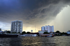 Ett par av åskväder, Bangkok Arkivbild