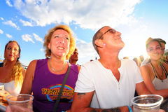 Ett par från åhörarna på FIB festivalen Royaltyfria Bilder