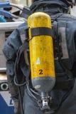 Ett slut upp av en brandmansyrebehållare royaltyfri bild