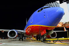 Ett Southwest Airlines på flygplatsen Royaltyfria Bilder