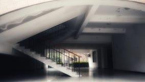 Ett stort undecorated hus, a-rum dekorerade i svartvitt Arkivbild
