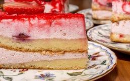Ett stycke av jordgubbepajen Fotografering för Bildbyråer