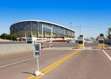Ett Sunny Arizona Veterans Memorial Coliseum skott Arkivfoto