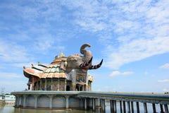 Ett tempel i Thailand royaltyfri bild