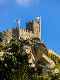 Ett torn av den moriska slotten i Sintra, Portugal Arkivbilder