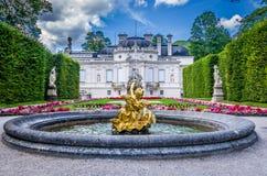 Ettal, Γερμανία, στις 14 Αυγούστου 2017: Παλάτι των όμορφων βασιλιάδων σε Linderhof, Βαυαρία, Γερμανία στοκ εικόνα με δικαίωμα ελεύθερης χρήσης