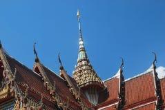 Etwas Architektur von Thailand-Tempel lizenzfreie stockfotos