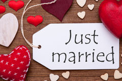 Etykietka, Czerwoni serca, mieszkanie Lay, tekst Właśnie Poślubiający Obraz Stock