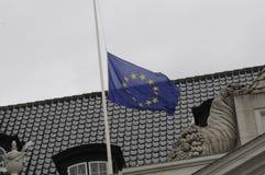 EU_FRENCH VLAG BIJ DE FRANSE AMBASSADE VAN HALP MAST_AT Stock Afbeeldingen