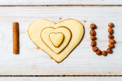 Eu te amo frase arranjada com no. 1 dos biscoitos Foto de Stock Royalty Free