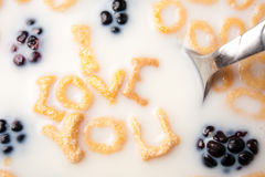 Eu te amo mensagem do pequeno almoço Foto de Stock Royalty Free